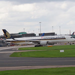 Singapore Airlines Airbus A350-900 9V-SME flight SQ52 to Houston (1)