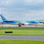TUI Airlines UK Boeing 787-8 G-TUIE flight BY182 to Cancun (2)