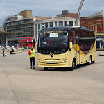 Coach 24 York Pullman Mercedes-Benz Atego Plaxton Cheetah XL FJ17 PVP (1)